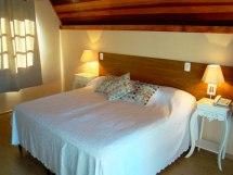 -home-storage-f-b7-8b-hoteismontesiao-public_html--home-storage-f-b7-8b-hoteismontesiao-public_html-uploads-cache-hoteis-villa_de_carpi-quarto_hotel_villa_de_carpi_0x0